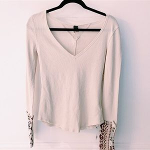 FREE PEOPLE CREAM RED ALPINE CUFF THERMAL